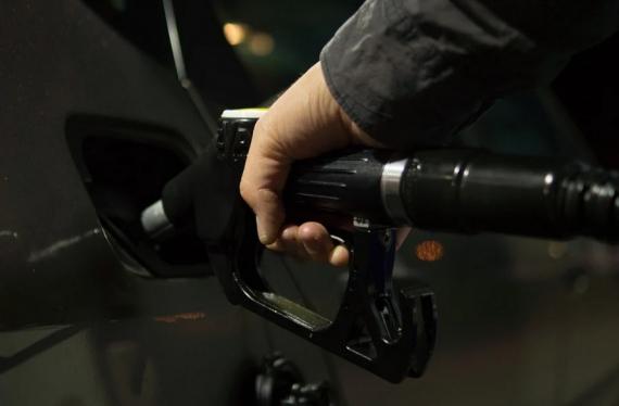 Le carburant bientôt à 2 euros le litre?